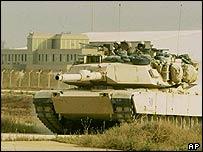 tank_airport.jpg